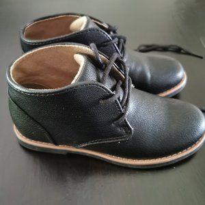 Perry Ellis boys shoes